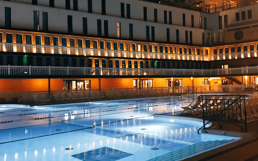 La piscine Molitor à Paris