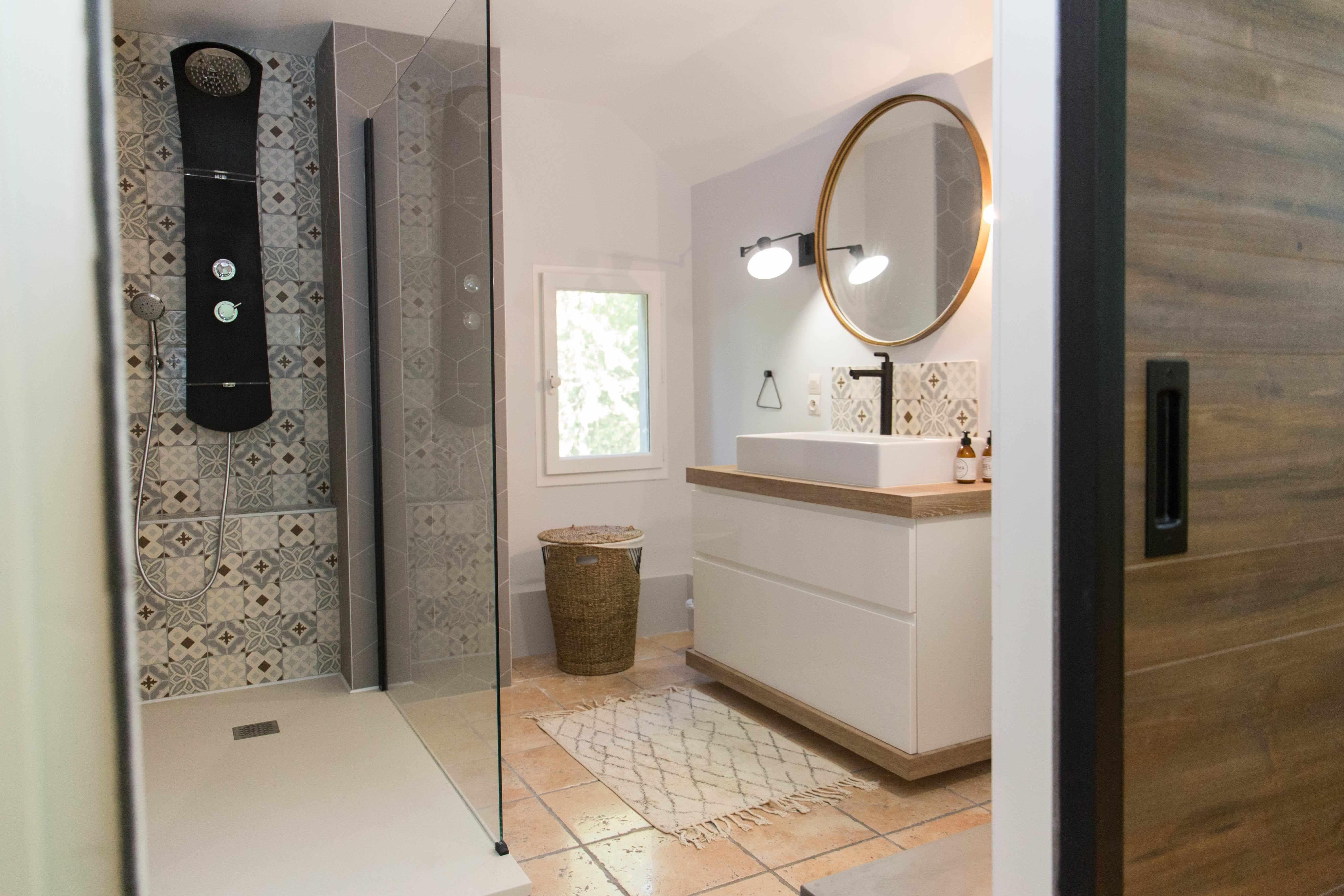 Deco Porte Salle De Bain la touche d'agathe | projet bonneuil rénovation de salle de bain